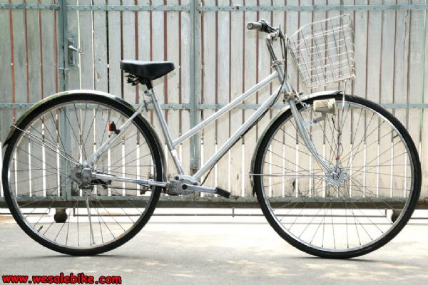 จักรยานแม่บ้าน ใช้เพลา Maruishi ล้อ27นิ้ว ตัวถังอลูมิเนียม ดุมหน้าไฟ เกียร์ดุม3เกียร์ ตระกร้า/บังโคลนสแตนเลส