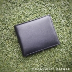 กระเป๋าสตางค์หนังแท้ สำหรับผู้ชาย Moonlight รุ่น Maxma สีดำ บางเบาแต่แต่นุ่มทน มีกล่องพร้อมเป็นของขวัญ