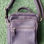กระเป๋าสะพายรุ่น Percy สีน้ำตาลเข้ม (No.083)