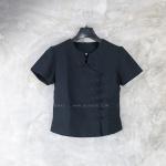 เสื้อผ้าฝ้ายสีดำ คอจิก