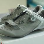 รองเท้าจักรยาน ผู้หญิง SPECIALIZED ZANTE'S WOMEN สี ไททาเนียม/เงิน 39.5/8.5