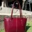 กระเป๋าสะพายรุ่น Kelly สีแดงเข้ม thumbnail 1