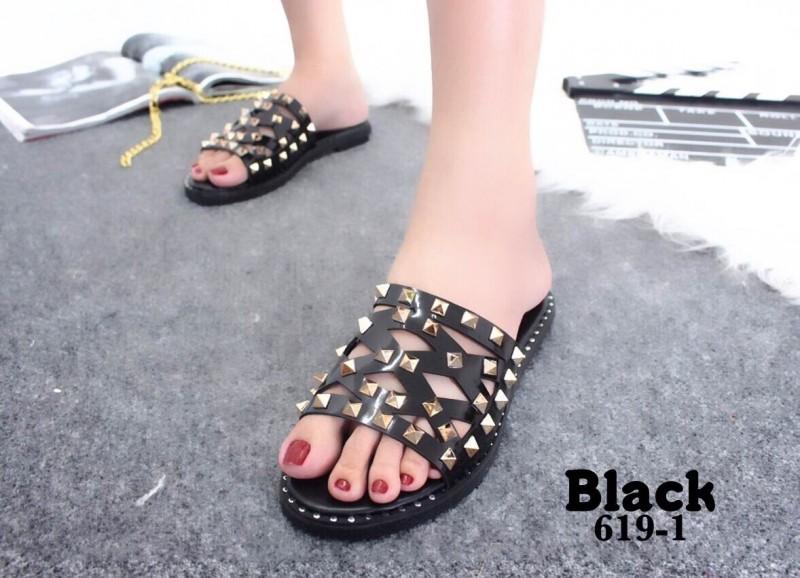 รองเท้าแตะแฟชั่นสีดำ เปิดส้น แต่งหมุด (สีดำ )