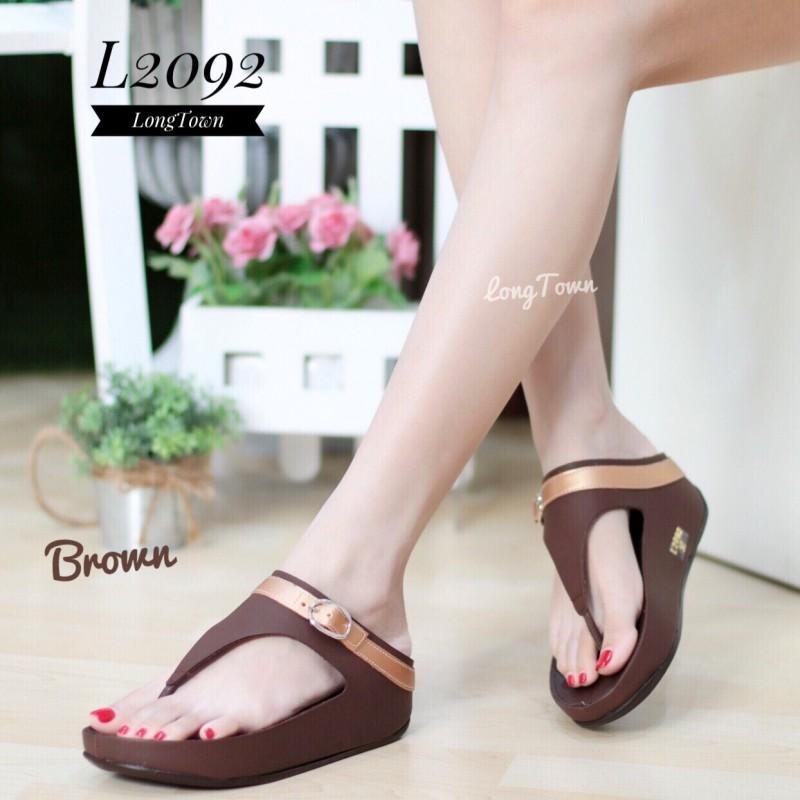 รองเท้าเพื่อสุขภาพฟิทฟลอป แบบหนีบ คาดเข็มขัด L2092-BRN [สีน้ำตาล]