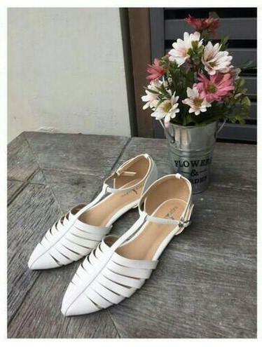 ลดล้างสต๊อก รองเท้าส้นแบน NF84-55-WHI [สีขาว]