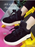 รองเท้าผ้าใบหุ้มข้อ แบบผูกเชือก (สีดำ )