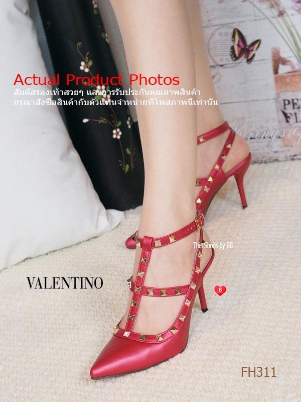 รองเท้าส้นสูงรัดส้นสีแดง VALENTINO Rockstud Heel Style (สีแดง )