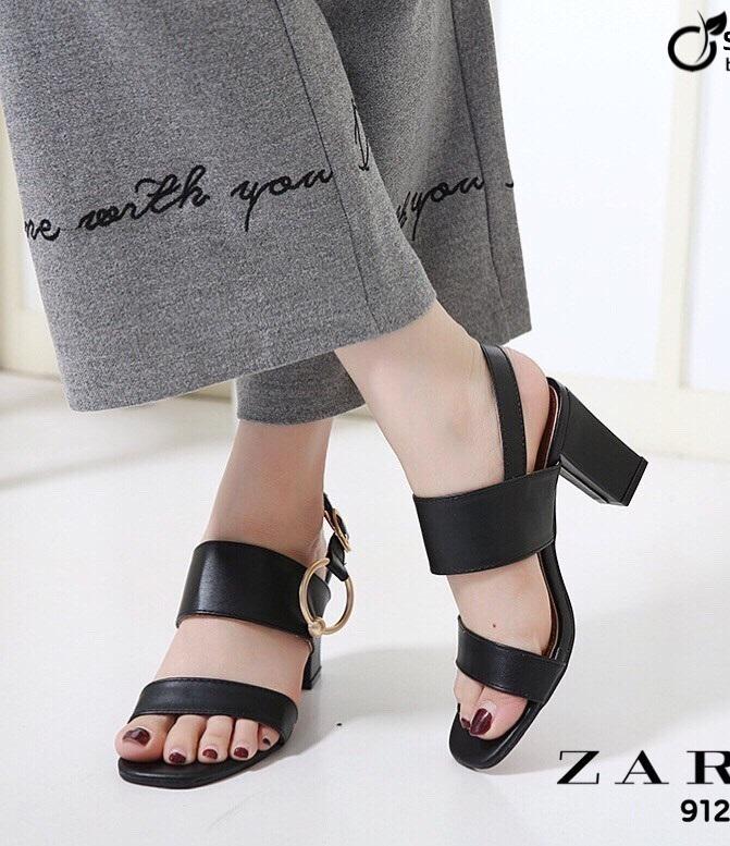รองเท้าส้นตันรัดส้นสีดำ สไตล์ ZARA (สีดำ )