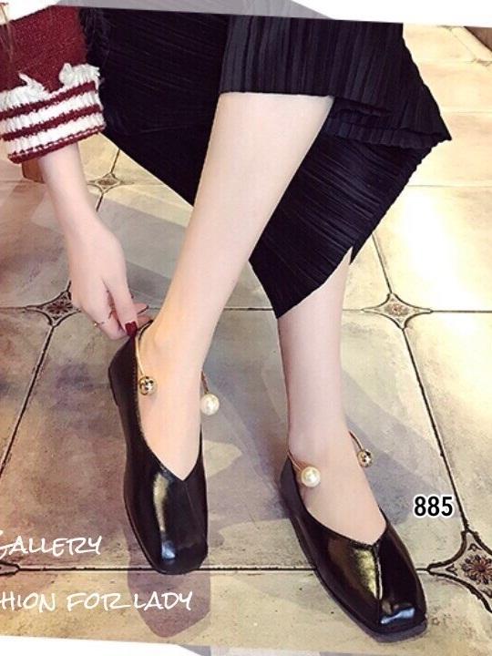 รองเท้าคัทชูส้นแบนสีดำ หัวตัด กำไรข้อเท้าไข่มุก (สีดำ )