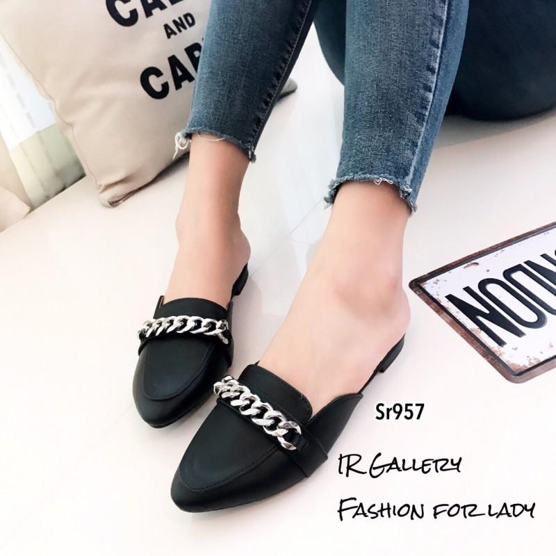 รองเท้าส้นเตี้ยสีดำ เปิดส้น Style Givenchy (สีดำ )
