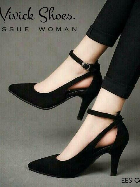 รองเท้าคัทชูส้นสูง ผ้าสักหราด ทรงเก็บหน้าเท้า (สีดำ )
