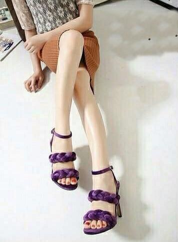 รองเท้าส้นสูงสีม่วง ผ้าสักหราด ทรงส้นเข็ม สูง 4 นิ้ว