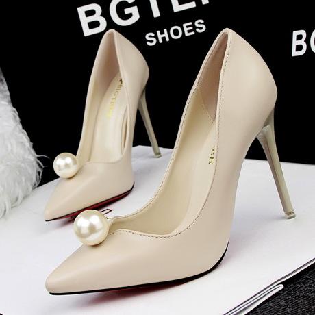 รองเท้าส้นสูงแฟชั่น รองเท้าส้นสูงราคาถูก รองเท้าส้นสูงพร้อมส่ง