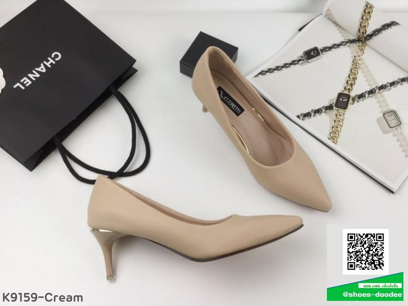 รองเท้าคัทชูส้นสูงสีดำ หัวแหลม เรียบหู (สีดำ )