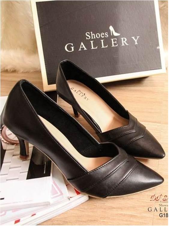รองเท้าคัทชู ส้นสูง หัวแหลม ทรงเก็บหน้าเท้า (สีดำ )