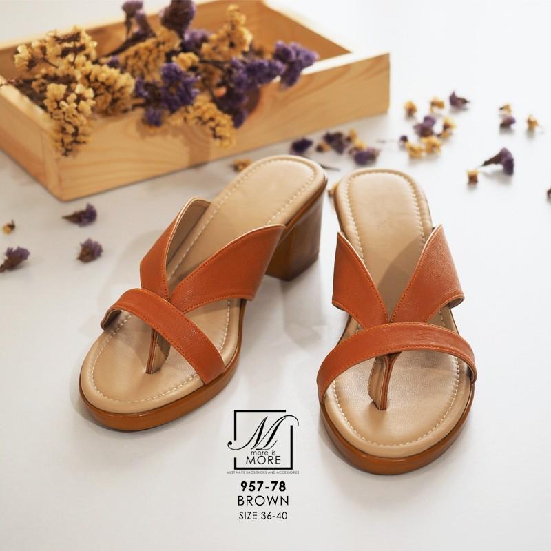 รองเท้าส้นตันสีน้ำตาล แบบคีบ เก็บเท้า match ง่ายกับทุกชุด (สีน้ำตาล )