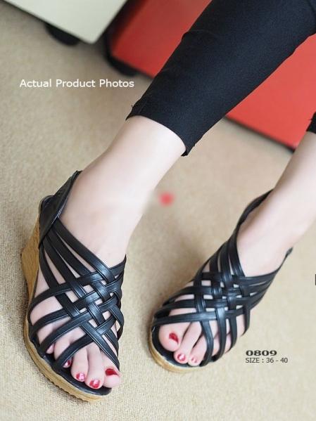 รองเท้าส้นเตารีดรัดส้น หนังสาน (สีดำ )