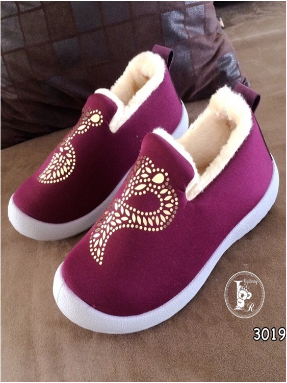 รองเท้าผ้าใบ ใส่หน้าหนาว (สีม่วง )