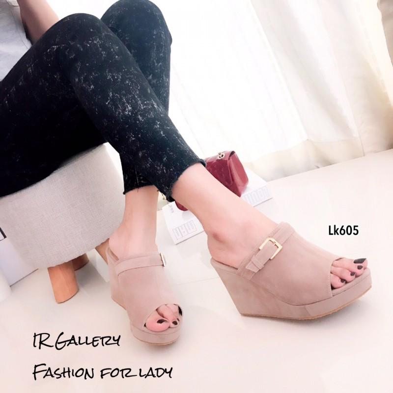 รองเท้าส้นเตารีด กำมะหยี่ หน้าเข็มขัด LK605-ครีม [สีครีม]