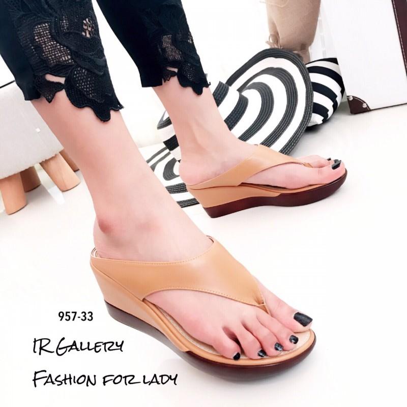 รองเท้าแตะผู้หญิงสีน้ำตาล แบบคีบ สไตล์ลำลอง (สีน้ำตาล )