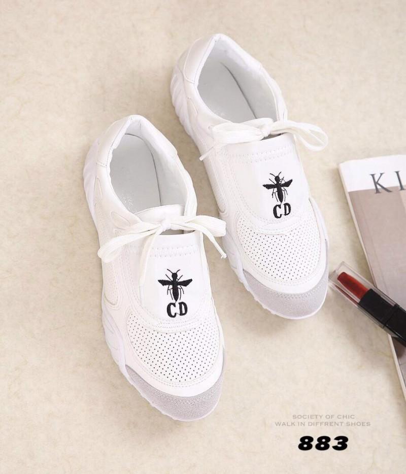 รองเท้าผ้าใบแฟชั่นสีขาว DIO(R)EVOLUTION SLIPPERS AND D-BEE SNEAKERS (สีขาว )