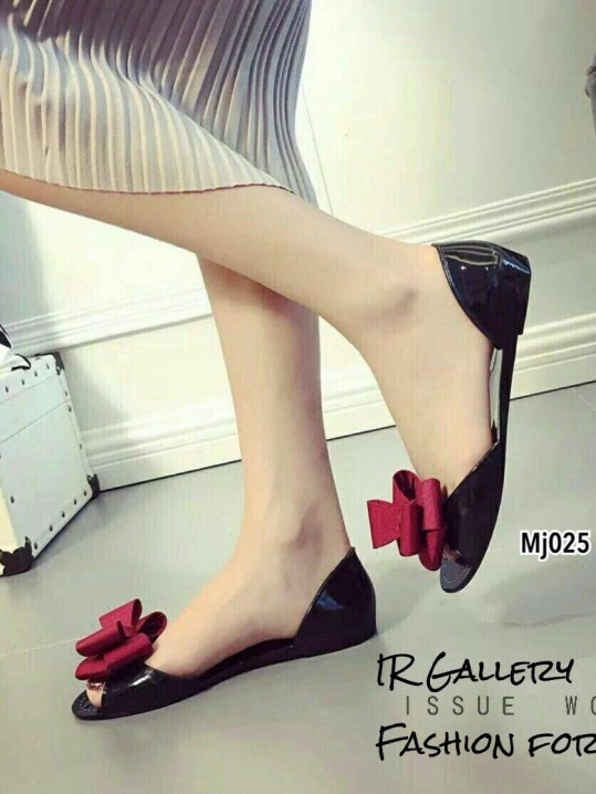 รองเท้าแตะผู้หญิง ปิดส้น กันน้ำ แต่งโบว์ (สีแดง )