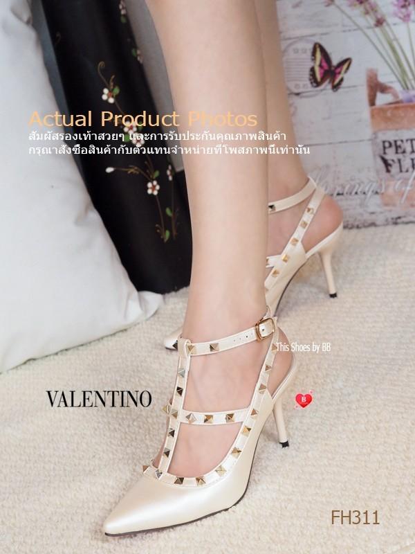 รองเท้าส้นสูงรัดส้นสีทอง VALENTINO Rockstud Heel Style (สีทอง )