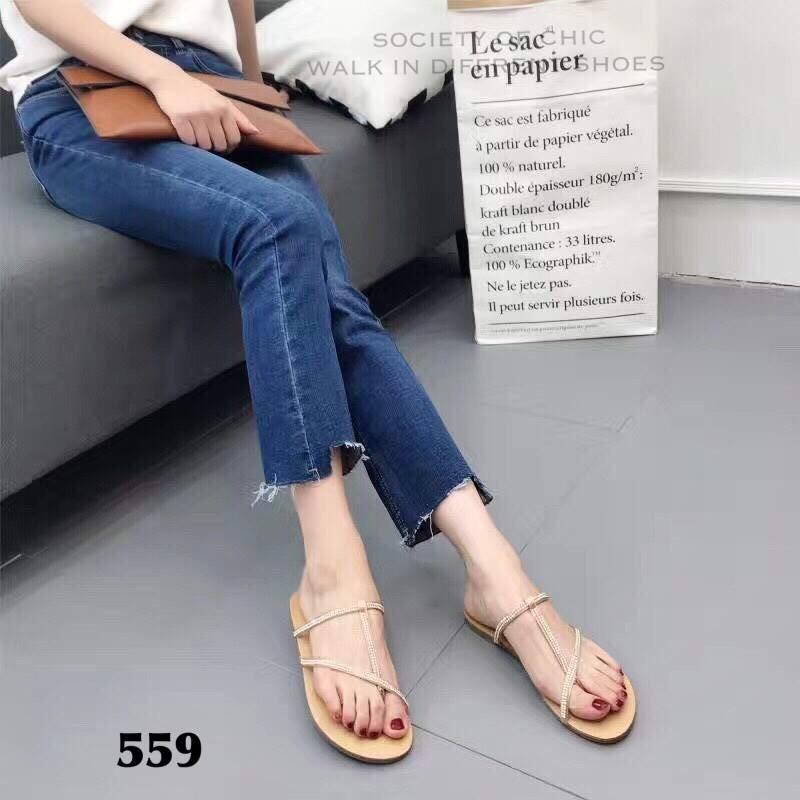 รองเท้าแตะแฟชั่นสีชมพู แบบคีบ สไตล์แบรนด์ ZARA (สีชมพู )