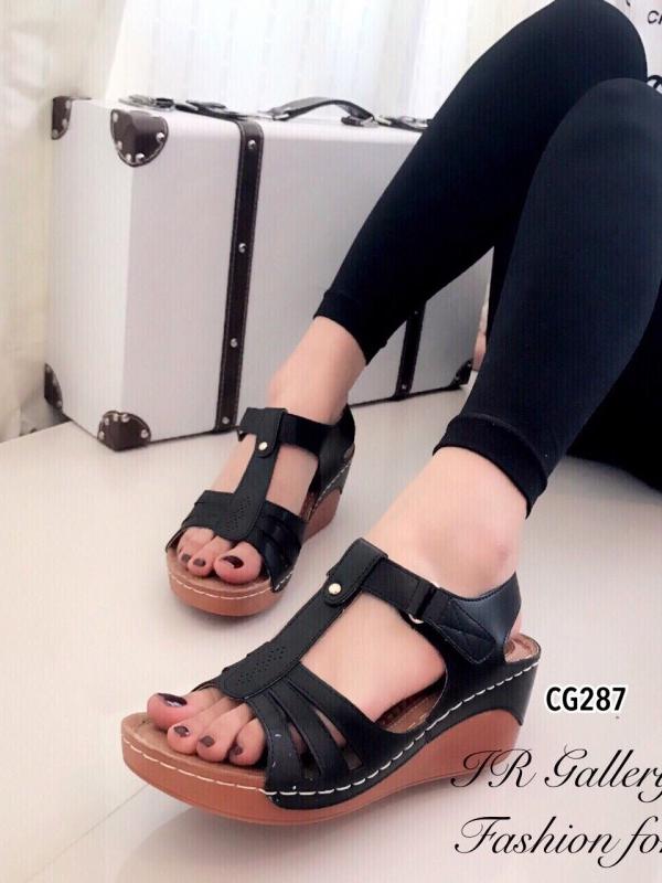 รองเท้าแตะ รัดส้น พื้นสุขภาพ นิ่มสบายเท้า (สีดำ )