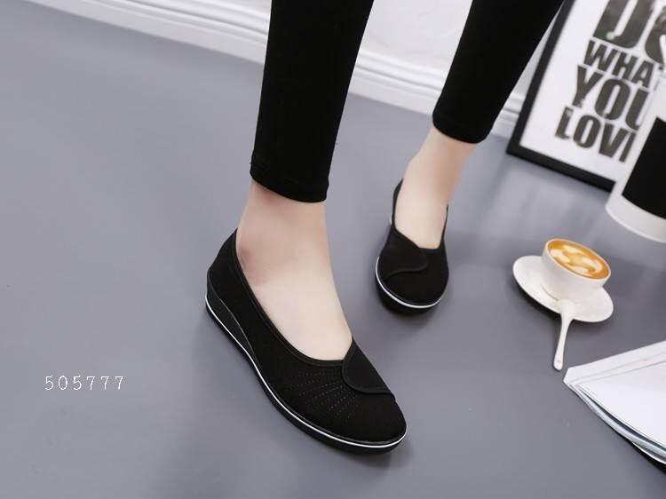 รองเท้าคัทชูพยาบาลสีดำ ผ้าแคนวาส พื้นยางนิ่ม (สีดำ )