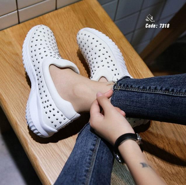 รองเท้าลำลองเพื่อสุขภาพ 7318-White 7318 [สีขาว]