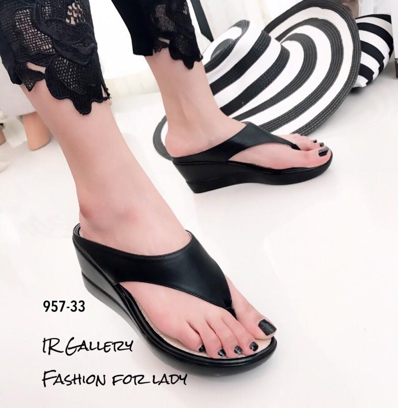 รองเท้าแตะผู้หญิงสีดำ แบบคีบ สไตล์ลำลอง (สีดำ )