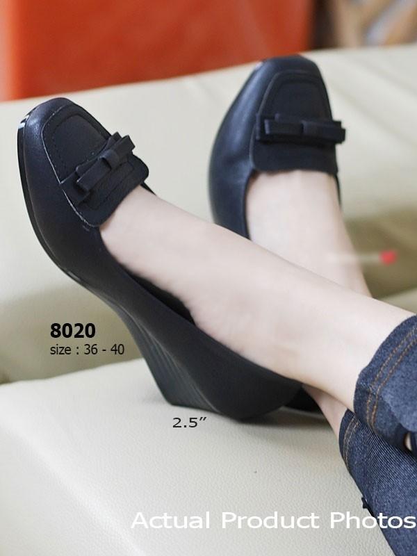 รองเท้าคัทชูส้นเตารีด หัวตัด ทรงสุภาพ (สีดำ )