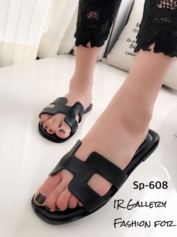 รองเท้าแตะลำลอง หนังลาย พื้นนิ่ม ตีแบรนด์Hermes (สีดำ )