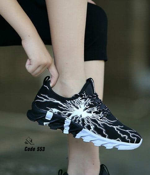 รองเท้าผ้าใบ ลายสุดแนว-Black 553 [สีดำ]