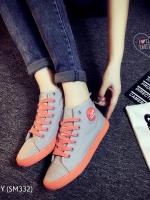 รองเท้าผ้าใบสีเทา สุดชิค ทรงสวย แบบเรียบๆ ใส่ได้เรื่อยๆ ใส่นิ้มเดินสบาย