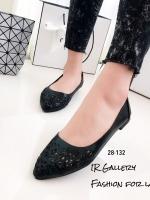 รองเท้าคัทชูส้นแบนหัวแหลมสีดำ ฟรุ้งฟริ้ง ฉลุลาย (สีดำ )