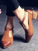 รองเท้าส้นสูงสีน้ำตาล แฟชั่นสไตล์อังกฤษ แบบสวยคลาสสิครัดข้อหัวแหลม วัสดุหนังPU ผสมหนังเทียมอย่างดี