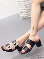รองเท้าส้นตันเปิดส้นสีดำ ทรง maxi สายคาด 2 ระดับ (สีดำ )