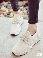 รองเท้าผ้าใบแฟชั่นสีขาว แต่งเพชร สไตล์เกาหลี (สีขาว )