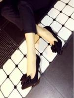 รองเท้าส้นสูงสีดำ สินค้านำเข้า วัสดุทำจากผ้าสักหราจ หัวแหลม หน้าแต่งโบว์ สูง9CM