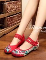 รองเท้าคัทชูปักสีแดง งานจีน ผ้าแคนวาส ปักลายดอกไม้ สินค้าเหมือนรูป100%