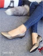 รองเท้าคัทชูหัวแหลม ส้นเตี้ย ขอบหยัก หน้าV (สีเทา )