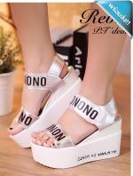 รองเท้าส้นตึกผู้หญิงสีขาว สายคาดสีเงิน มีสายรัดข้อเท้า พิมพ์logo NONO แฟชั่นเกาหลี แฟชั่นพร้อมส่ง
