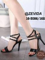 รองเท้าส้นสูงสีดำ 4นื้ว ทรงคลาสสิค มีสายรัดข้อเท้าปรับขนาดได้ แถมได้ลุคเซ็กซี่นิดๆเวลาสวมใส่