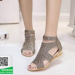 รองเท้าลำลองรัดข้อสีครีม Style Korea (สีครีม )