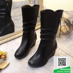 รองเท้าบูทกันหนาวสันเตารีดสีดำ สไตล์ยุโรป (สีดำ )