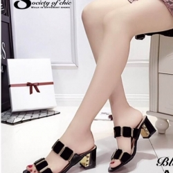 รองเท้าส้นตันสีดำ ทรงสวม maxi ส้นเหลี่ยม (สีดำ )