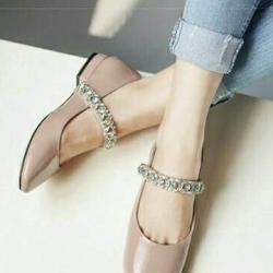 รองเท้าคัชชู หนังแก้วนิ่ม (สีนู้ด)