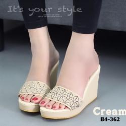 รองเท้าส้นเตารีดสีครีม เปิดส้น สไตล์ ISSEY MIYAKE BAO BAO (สีครีม )